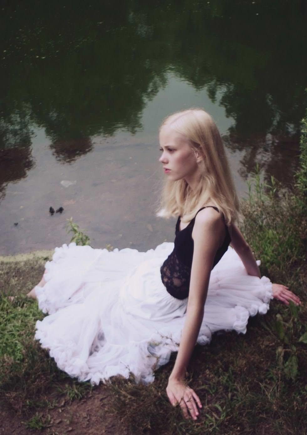 【外人】デンマークの妖精アメリー·シュミット(Amalie Schmidt)が異常な程可愛いポルノ画像 1887
