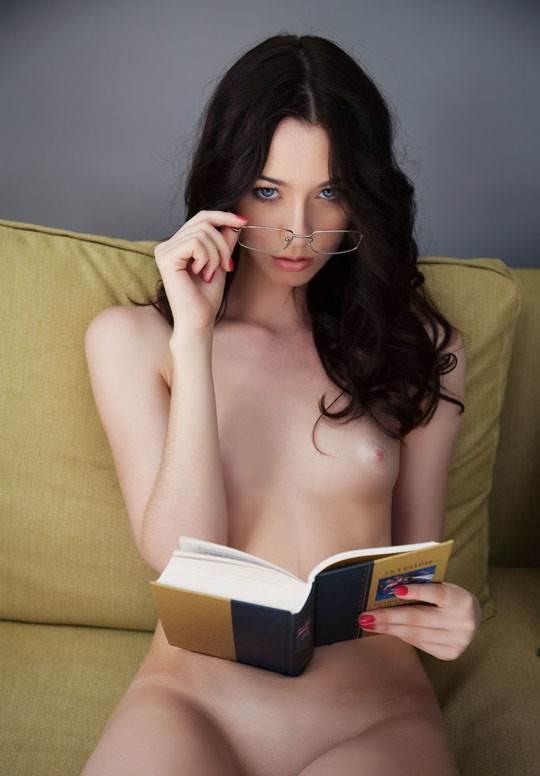 【外人】ハンガリー出身の美人ヌードモデルのザネット・トメイ(Zsanett Tormay)の貧乳おっぱいがエロ過ぎるポルノ画像 1894