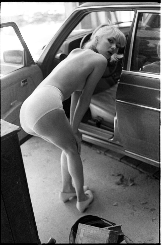 【外人】プロ写真家ジョナサン·レダーによって撮影されたノスタルジックなヌードポルノ画像 1897