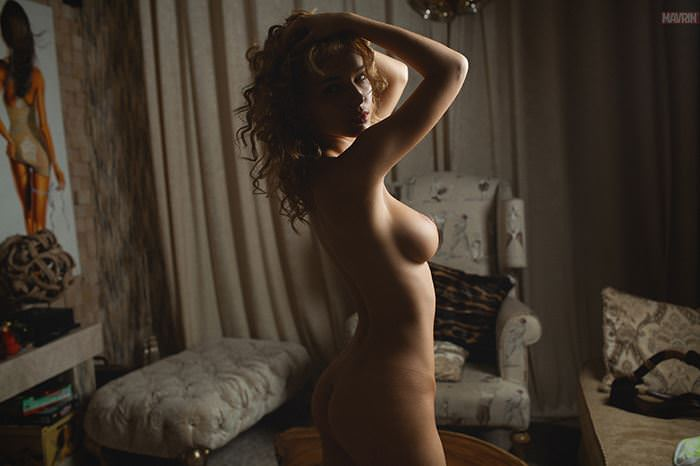 【外人】プリップリのおっぱいやお尻が美味しそうなロシア人美女のポルノ画像 1996
