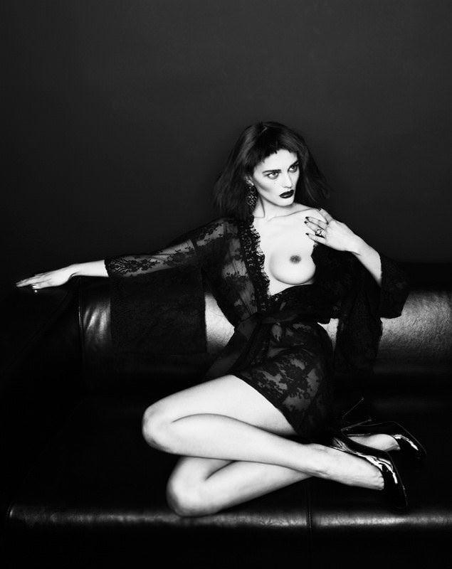 【外人】めっちゃ美しいシブイ・ナザレンコ(Sibui Nazarenko)ロシア人のセミヌードポルノ画像 1998