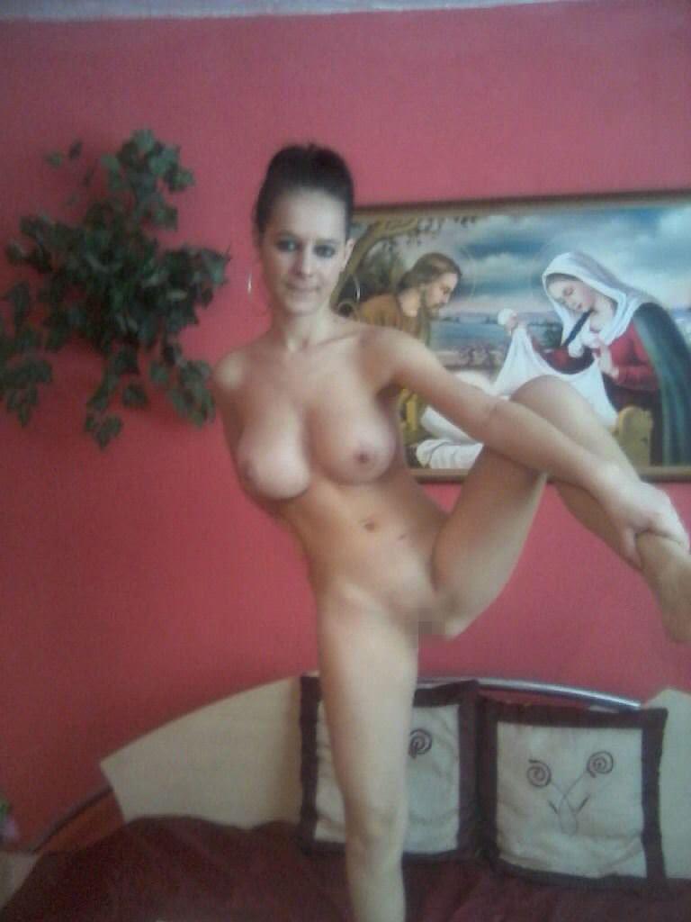 【外人】パイパンまんこをパックリさせてネットに公開してるメキシカン巨乳素人のポルノ画像 20142