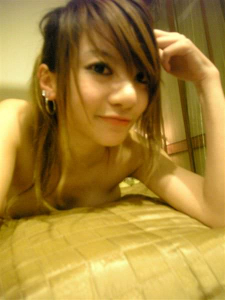 【外人】台湾アイドル「黑澀會美眉」の元メンバー・林容瑄(容瑄 Lucas Yuka)が彼氏とセックスしてるポルノ画像 20168