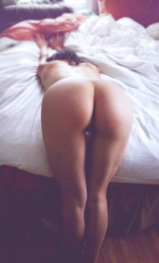 【外人】テッカテカプリップリの桃尻さらすお尻ポルノ画像 2070