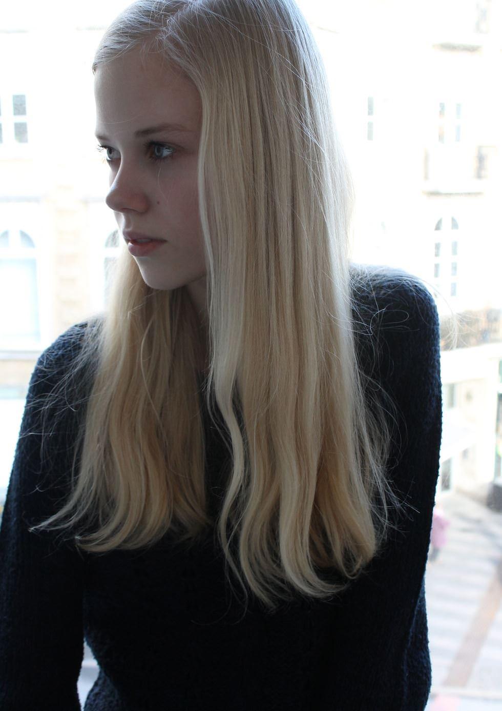 【外人】デンマークの妖精アメリー·シュミット(Amalie Schmidt)が異常な程可愛いポルノ画像 2078
