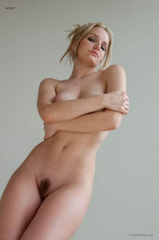 【外人】海外の美人な金髪お姉さんのヌードを集めたポルノ画像 2087