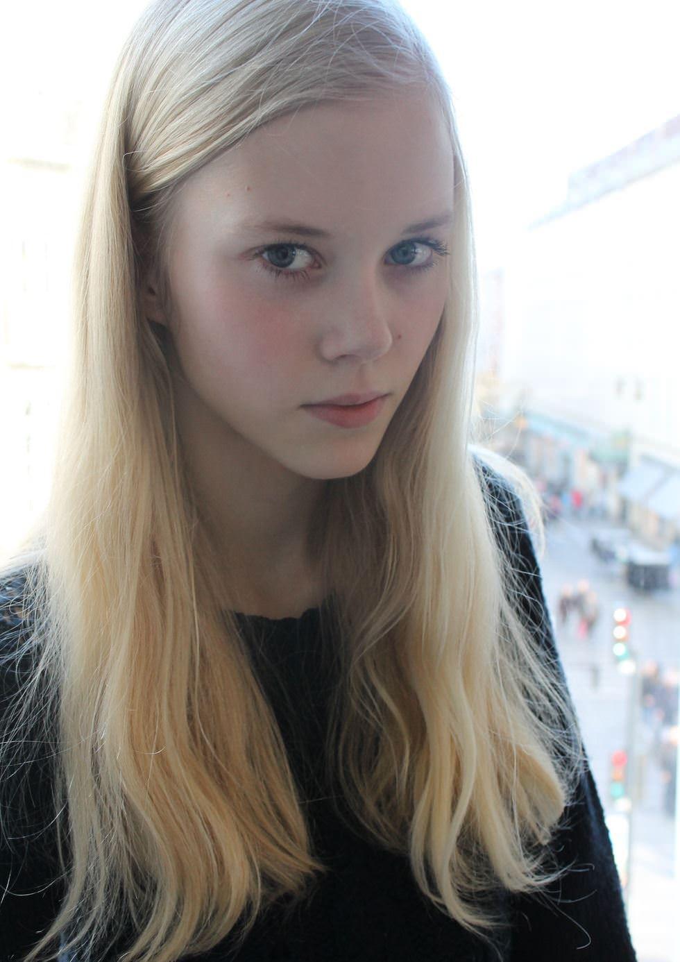 【外人】デンマークの妖精アメリー·シュミット(Amalie Schmidt)が異常な程可愛いポルノ画像 21117