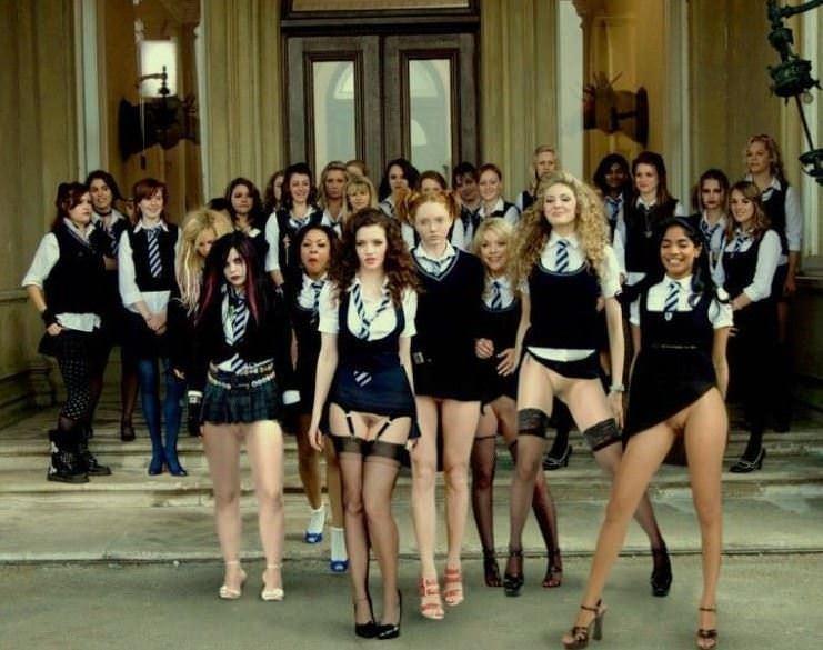 【外人】ロシア人の学生たちがめっちゃ可愛くて大人っぽい制服ポルノ画像 21159