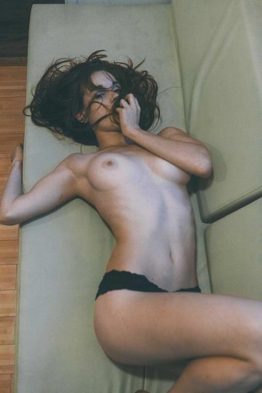 【外人】ありえない程美人な顔立ちの海外美女のセクシーポルノ画像 21204