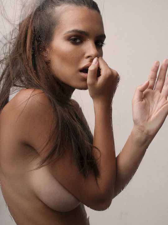 【外人】英国モデルのエミリー・ラタコウスキー(Emily Ratajkowski)の大胆なおっぱいフルヌードポルノ画像 2129