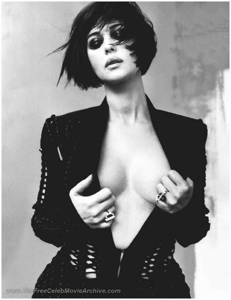 【外人】イタリア人女優モニカ・ベルッチ(Monica Bellucci)の大胆おっぱい露出ポルノ画像 2191