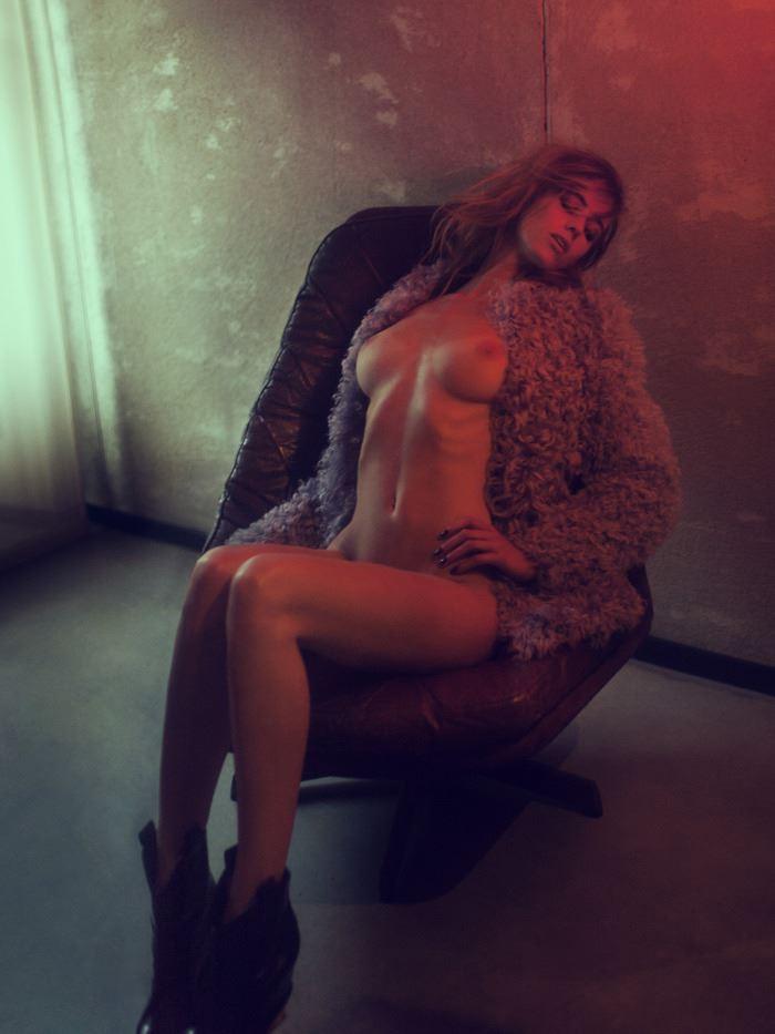 【外人】ベルギーの超人気モデルEliza Sysがセクシーなヌードを披露するポルノ画像 220