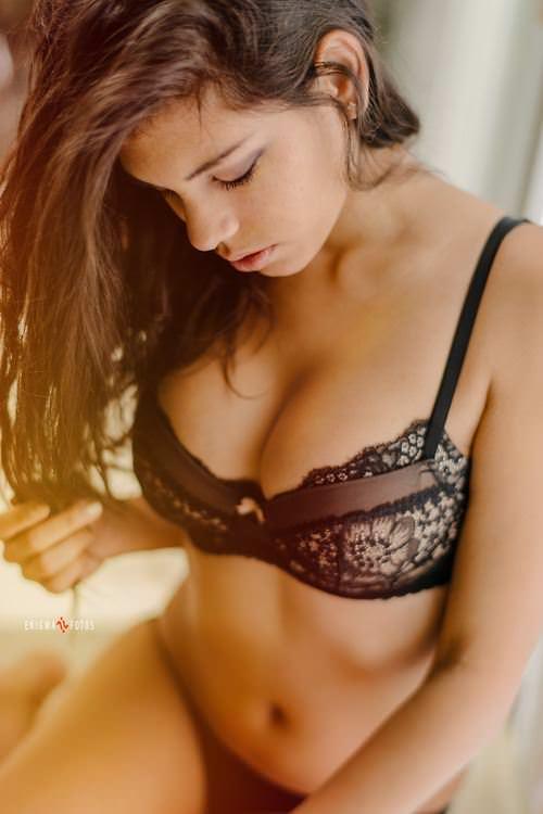【外人】清い心で見ることが出来る芸術的美少女のポルノ画像 2200