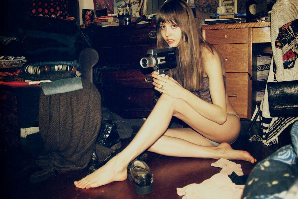 【外人】めっちゃ可愛い無名モデルを美しく撮影してるポルノ画像 22189