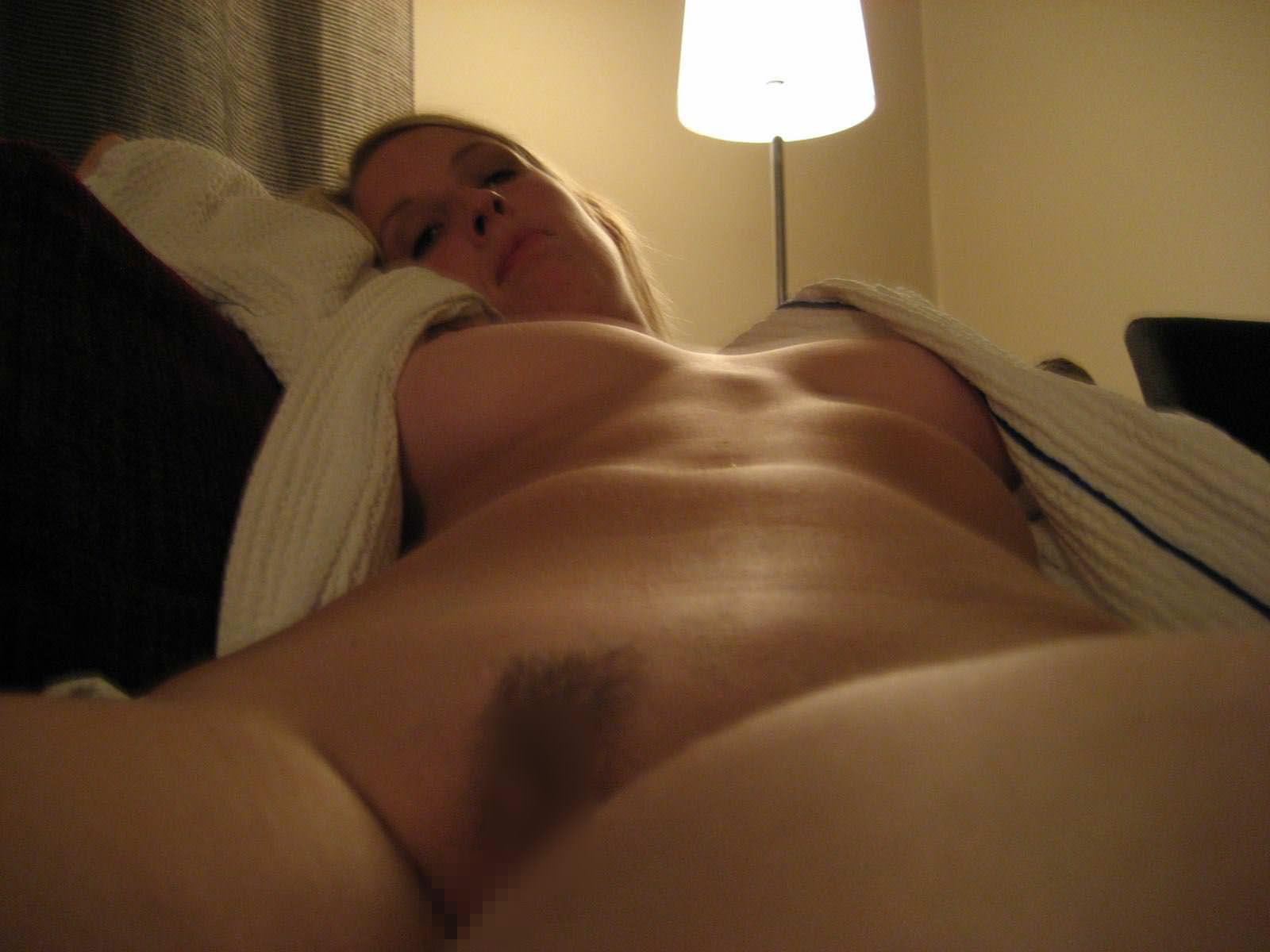 【外人】スウェーデンの金髪素人美女が彼氏とエッチして妊娠した姿を晒すポルノ画像 2282