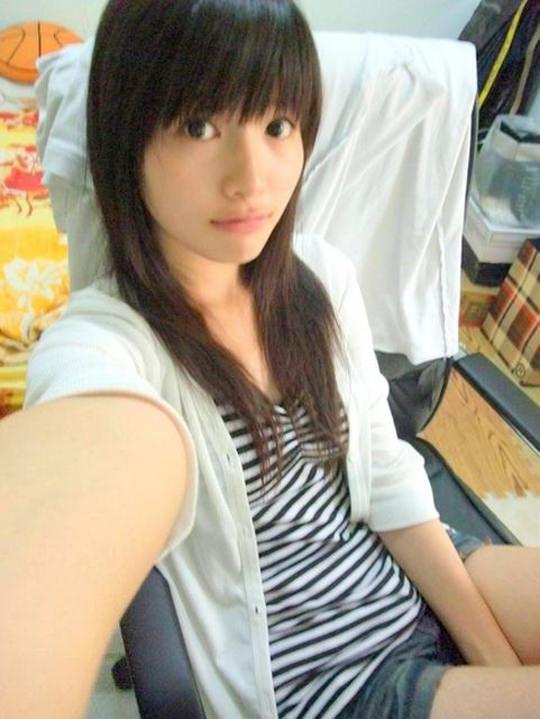 【外人】台湾人美少女の泡泡(パオパオ)が可愛すぎて勃起しちゃう自画撮りポルノ画像 2333