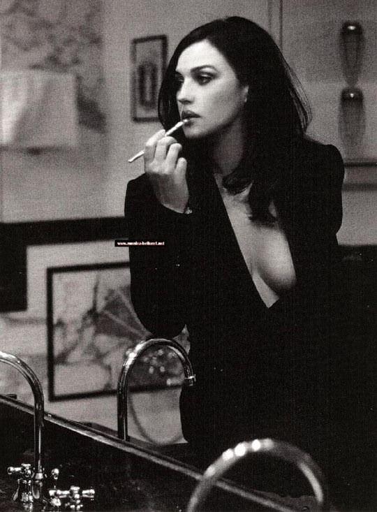 【外人】イタリア人女優モニカ・ベルッチ(Monica Bellucci)の大胆おっぱい露出ポルノ画像 2347
