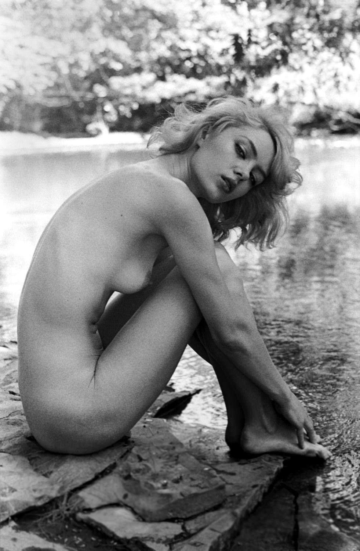 【外人】プロ写真家ジョナサン·レダーによって撮影されたノスタルジックなヌードポルノ画像 2373