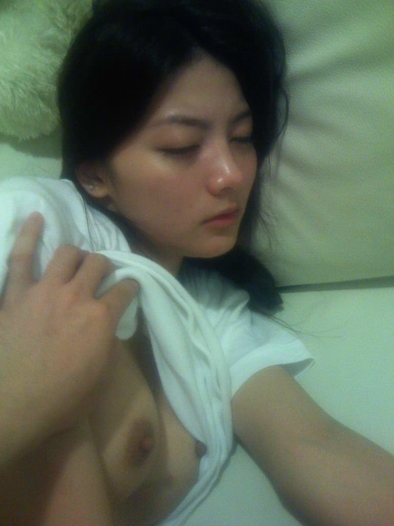 【外人】台湾美女マギー・ウー(吳亞馨)が彼氏とのハメ撮りが流出したポルノ画像 24141