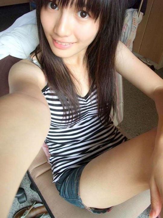 【外人】台湾人美少女の泡泡(パオパオ)が可愛すぎて勃起しちゃう自画撮りポルノ画像 2430