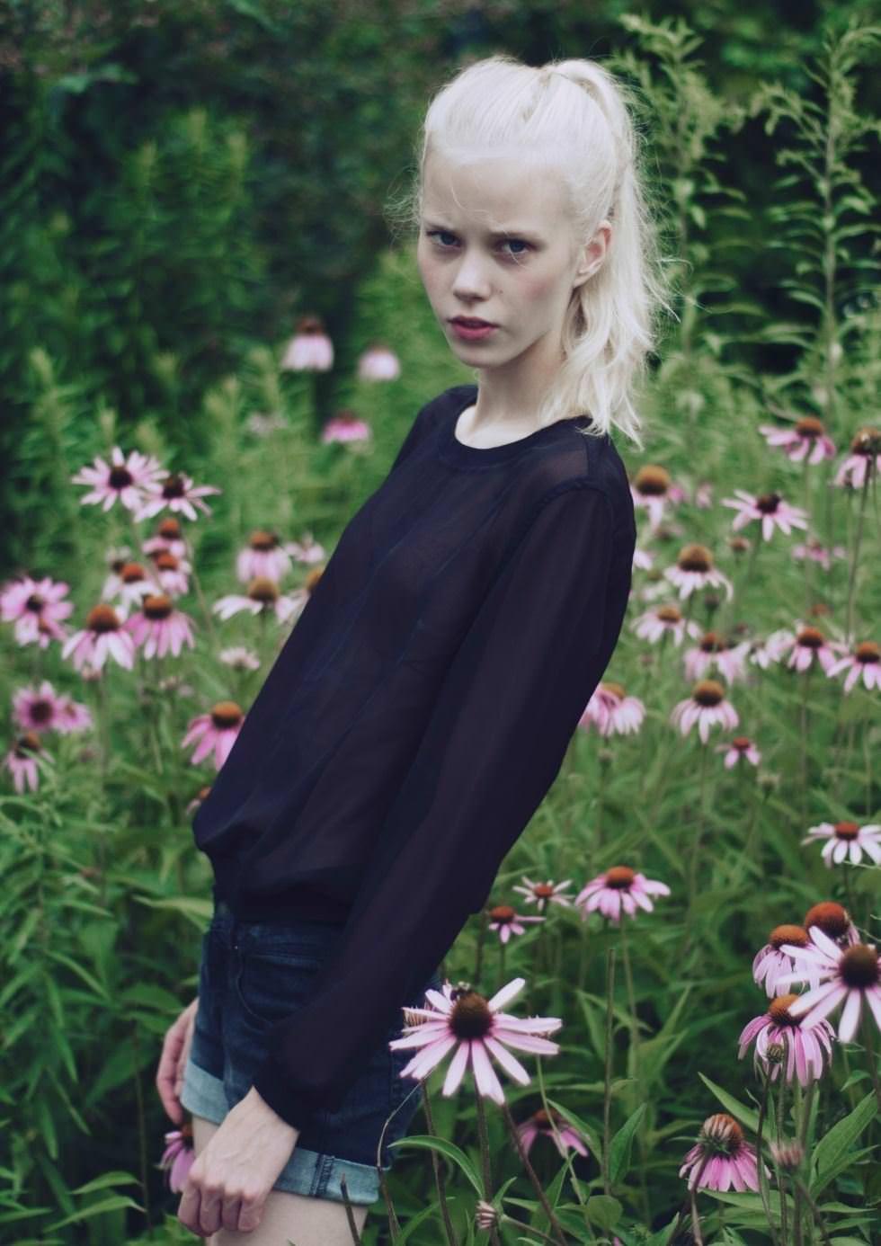 【外人】デンマークの妖精アメリー·シュミット(Amalie Schmidt)が異常な程可愛いポルノ画像 2459