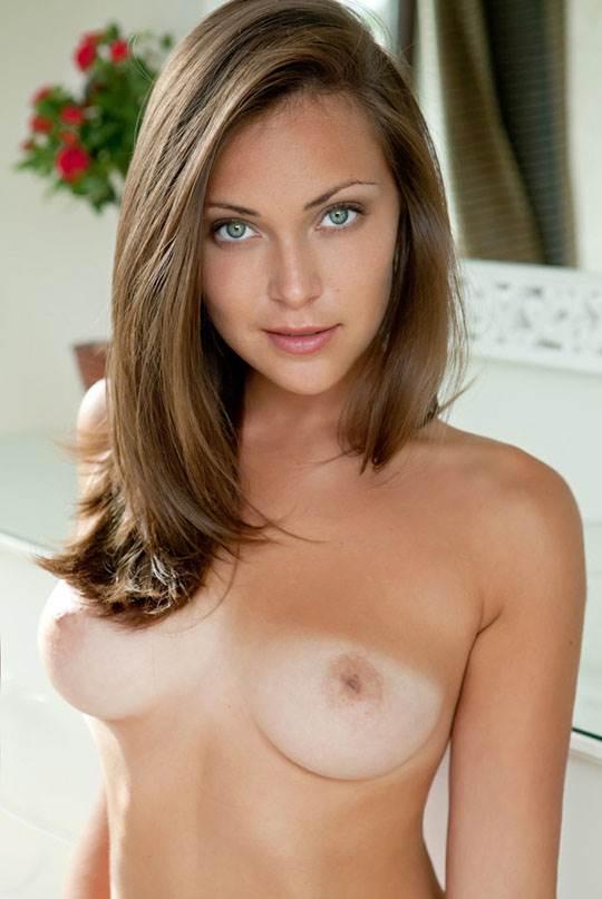 【外人】素晴らしい肉体美を提供してくれる海外美女たちのグラマラスポルノ画像 2498