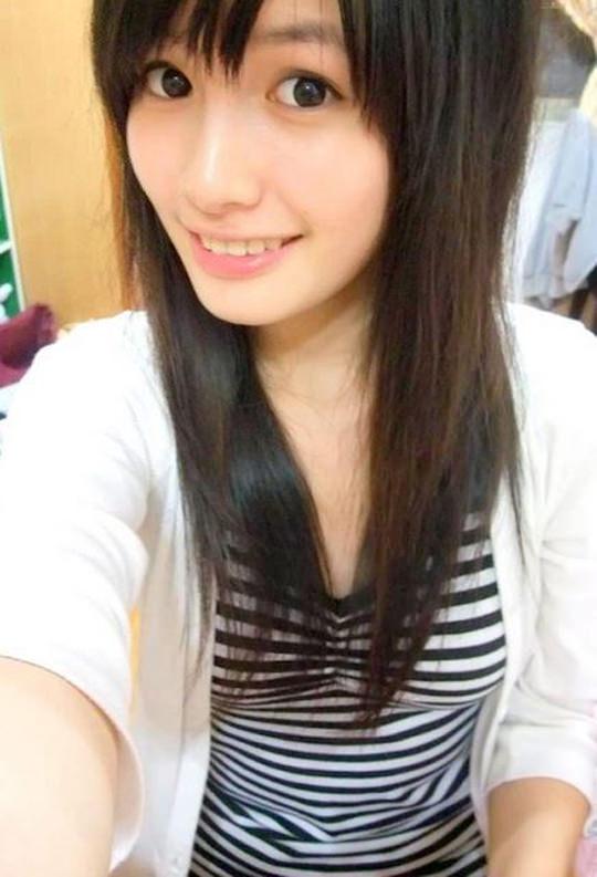 【外人】台湾人美少女の泡泡(パオパオ)が可愛すぎて勃起しちゃう自画撮りポルノ画像 2527