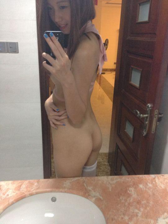 【外人】中国人のトップモデルの李琳玥(Lee LingYue)がフェラチオしてる写真が流出したポルノ画像 2529