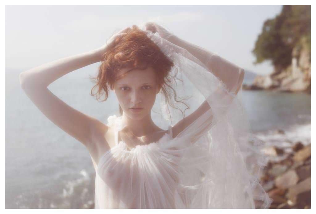 【外人】欧州の美少女たちが完全に天使なセミヌードポルノ画像 2530