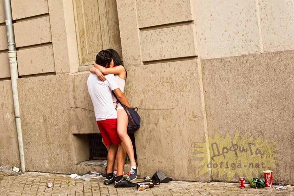 【外人】スペイン3大祭りで男も女もテンション上げまくりでおっぱいポロリしまくるポルノ画像 2550