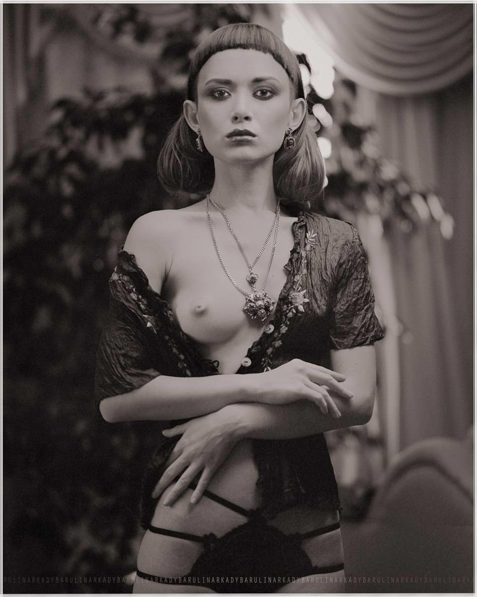 【外人】ロシアの写真家Arkady Barulin芸術的におっぱいを撮影するポルノ画像 26101