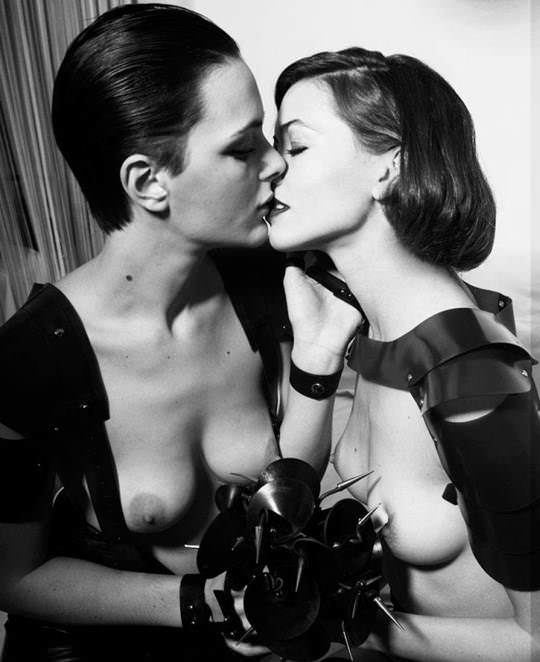 【外人】フランス人美女モデルのルイーズ・ド・シェヴィニー(Louise de Chevigny)のヌードポルノ画像 2613