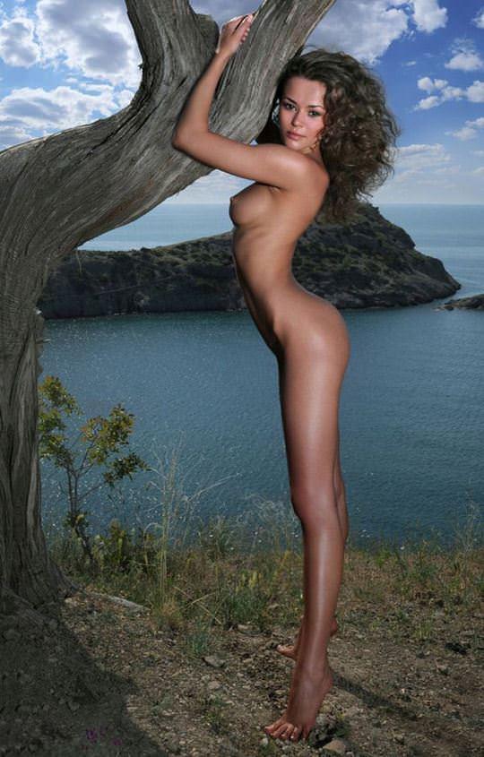 【外人】大自然の中でオールヌードになってアートを作り出す露出ポルノ画像 2625