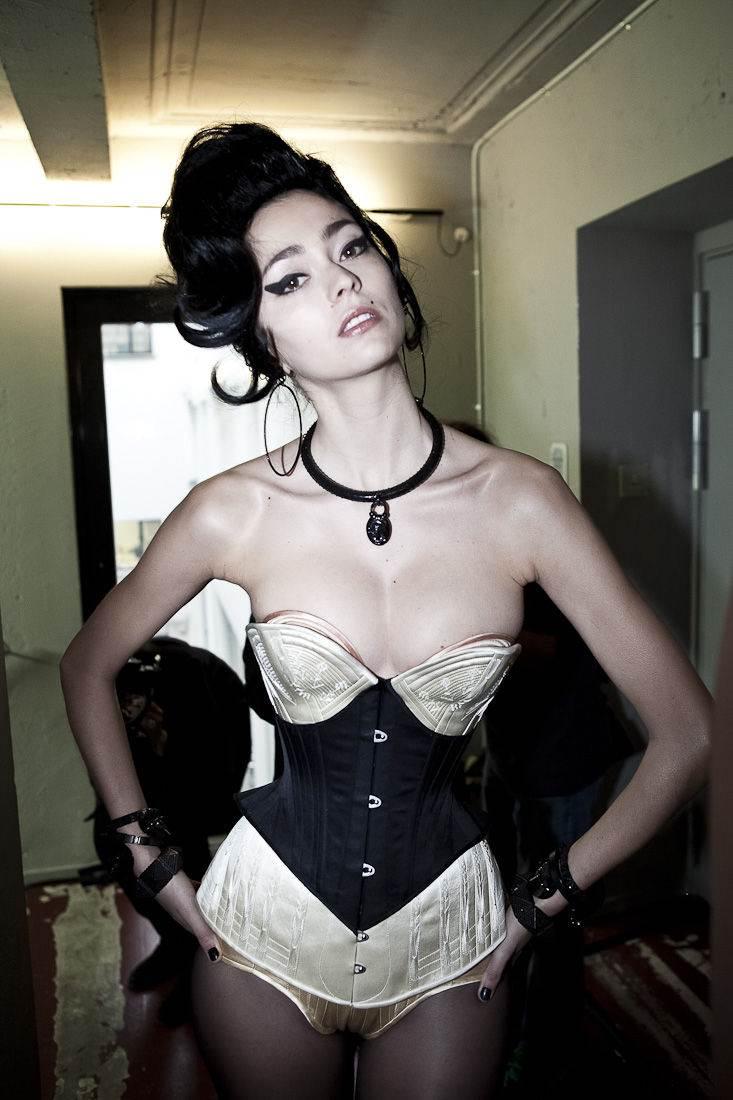 【外人】30歳過ぎてるロリ顔のフランス人モデルのモルガン・デュブレ(Morgane Dubled)のポルノ画像 2661