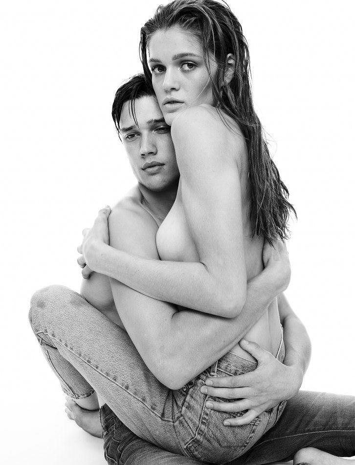 【外人】アメリカ人モデルの超絶美女リベカ・アンダーヒル(Rebekah Underhill)のフルヌードポルノ画像 2798