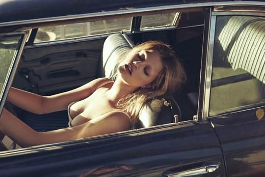 【外人】小顔にアヒル口がエキゾチックで巨乳おっぱいまで持ち合わせるアメリカ人モデル、ヘイリー・クローゾン(Hailey Clauson) のポルノ画像 2813
