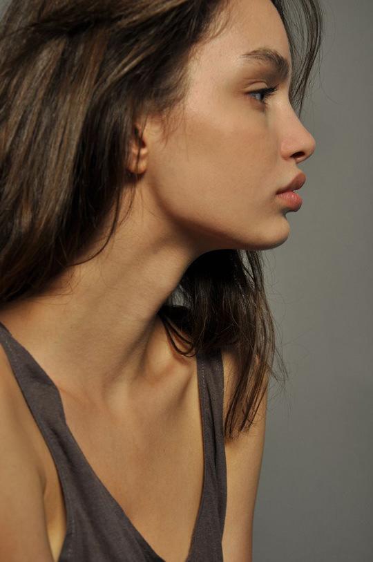 【外人】ブラジル人モデルのルマグローテ(Luma Grothe )が眼力で魅了するセミヌードポルノ画像 285