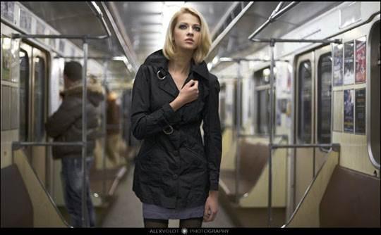【外人】モスクワの地下鉄で無許可のヌード撮影したロシア人の超絶美少女ポルノ画像 289