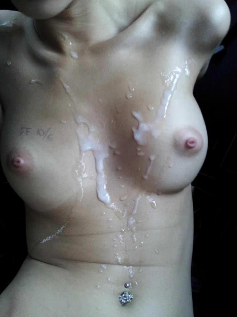 【外人】たっぷり白濁ザーメンをぶっかけられる素人の顔射ポルノ画像 2920