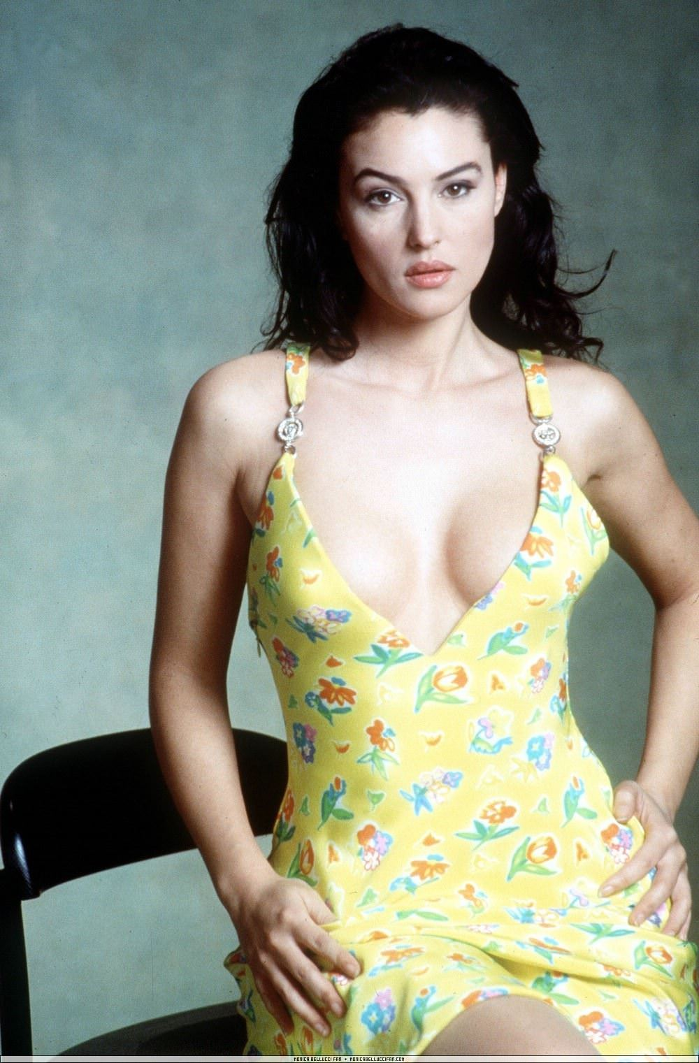 【外人】イタリア人女優モニカ・ベルッチ(Monica Bellucci)の大胆おっぱい露出ポルノ画像 2921