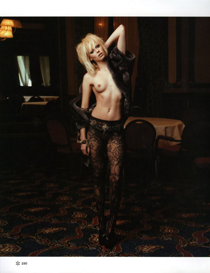 【外人】金髪のオランダ人 ドリス・モウス(Dorith Mous)の超ロックなヌードポルノ画像 2939