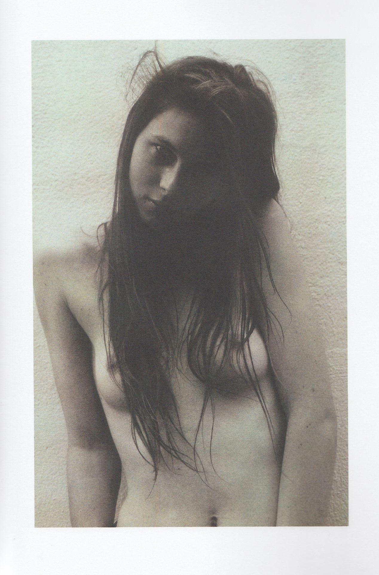 【外人】女の感情を表現しているアート系ヌードポルノ画像 2972