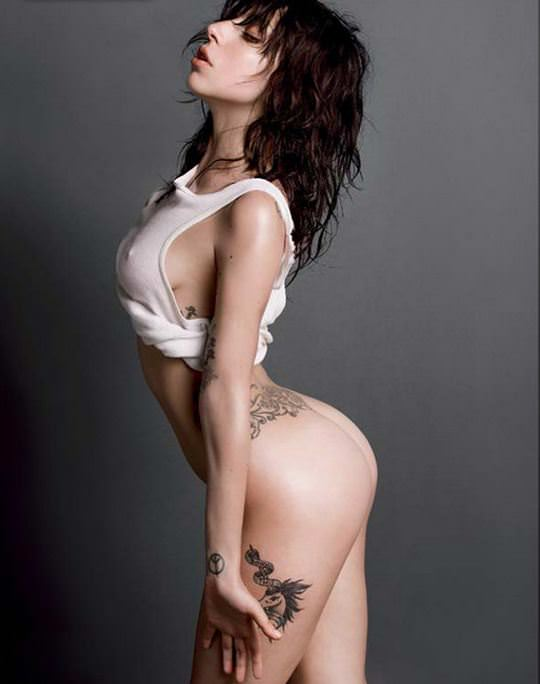 【外人】無名ファッションモデルが美乳おっぱいを晒してるポルノ画像 3012