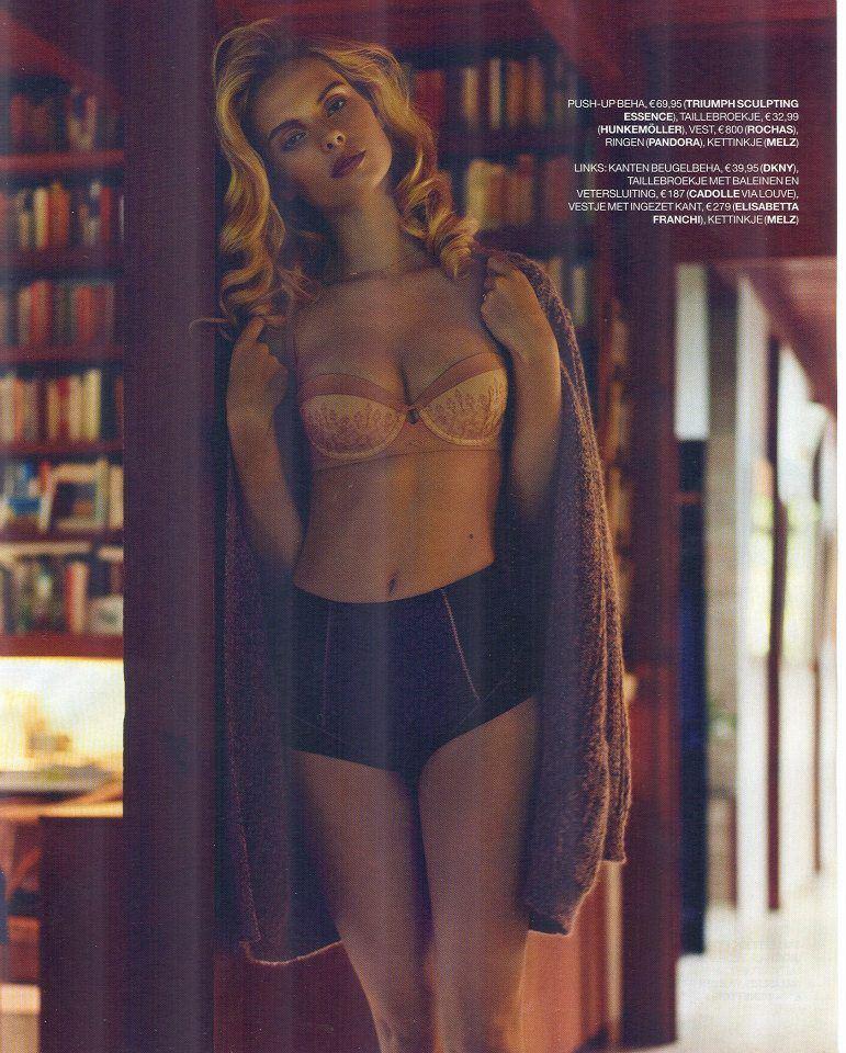 【外人】オランダアムステルダム出身のディオニ・タバーズ(Dioni Tabbers)が美乳おっぱいで挑発するポルノ画像 3019