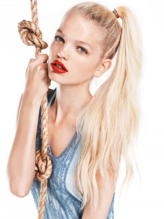 【外人】オランダ人の金髪モデルのダフネ(Daphne Groeneveld)が童顔で魅了するポルノ画像 3031