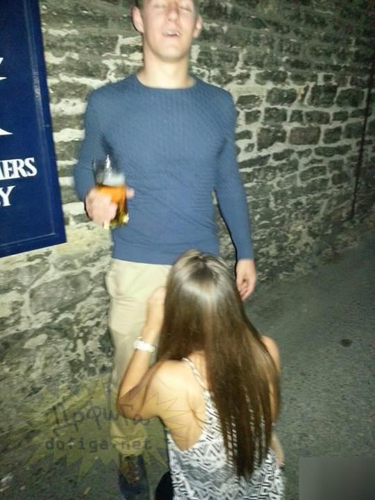 【外人】お酒飲んでテンションアゲアゲで脱いじゃいロシア人女子のポルノ画像 3160
