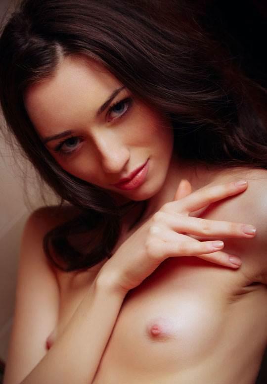 【外人】ハンガリー出身の美人ヌードモデルのザネット・トメイ(Zsanett Tormay)の貧乳おっぱいがエロ過ぎるポルノ画像 3170