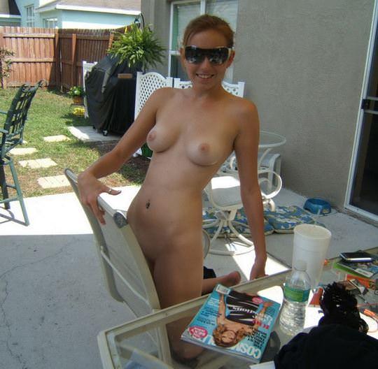 【外人】趣味が講じてセルフヌード写真を撮るロシア人美少女のポルノ画像 3189