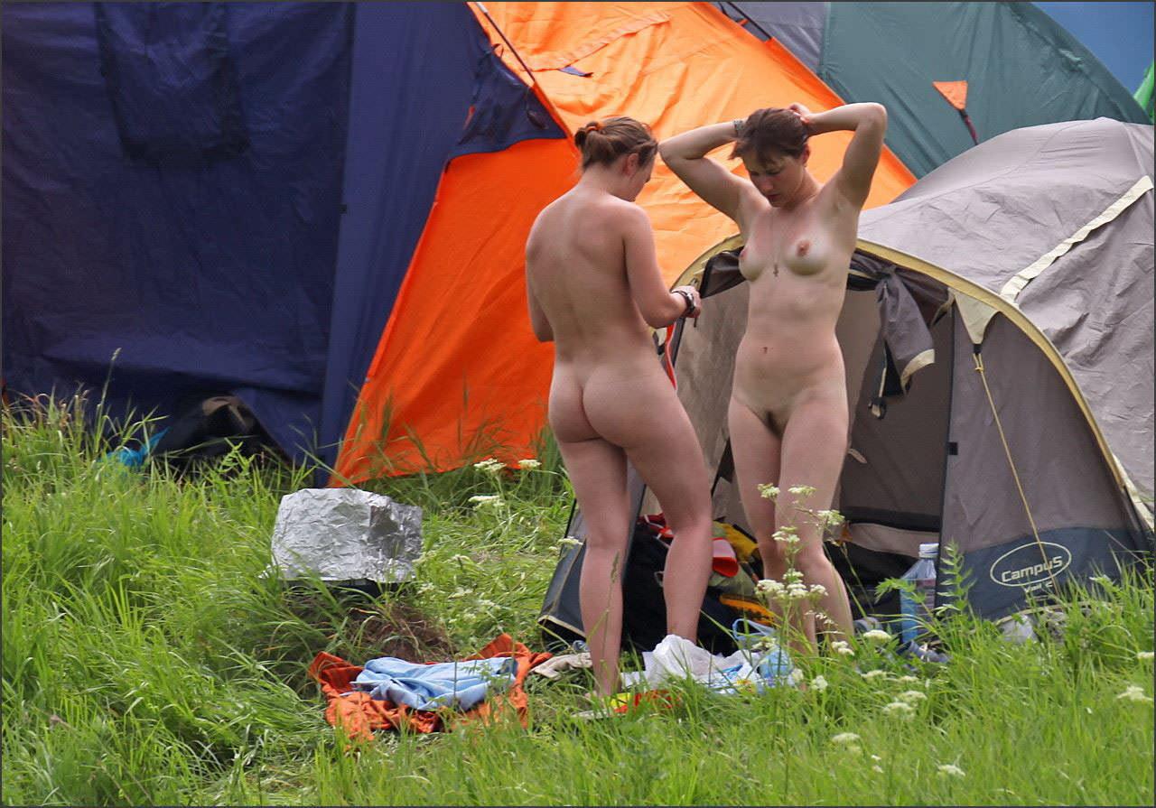 【外人】ヌーディストフェスティバルに参加中の素人美女を隠し撮りしまくった露出ポルノ画像 33107