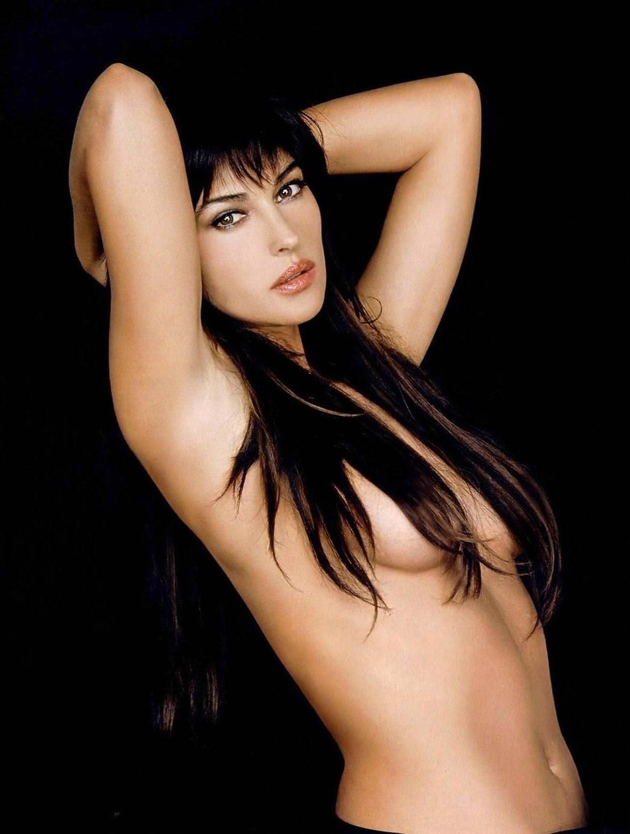 【外人】イタリア人女優モニカ・ベルッチ(Monica Bellucci)の大胆おっぱい露出ポルノ画像 3319